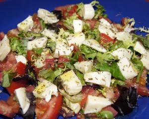 Menorca mozzarella salad